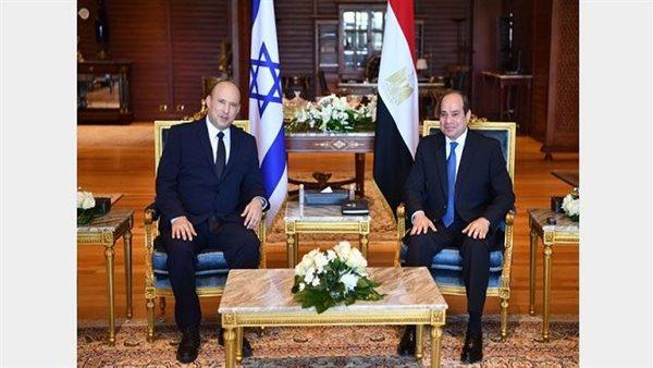 أول صورة من لقاء السيسي ورئيس الوزراء الإسرائيلي بشرم الشيخ