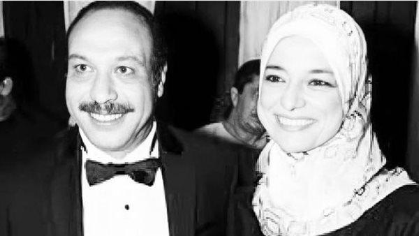 بصورة تجمع والده ووالدته.. أحمد خالد صالح يحيي ذكرى وفاة الفنان الراحل